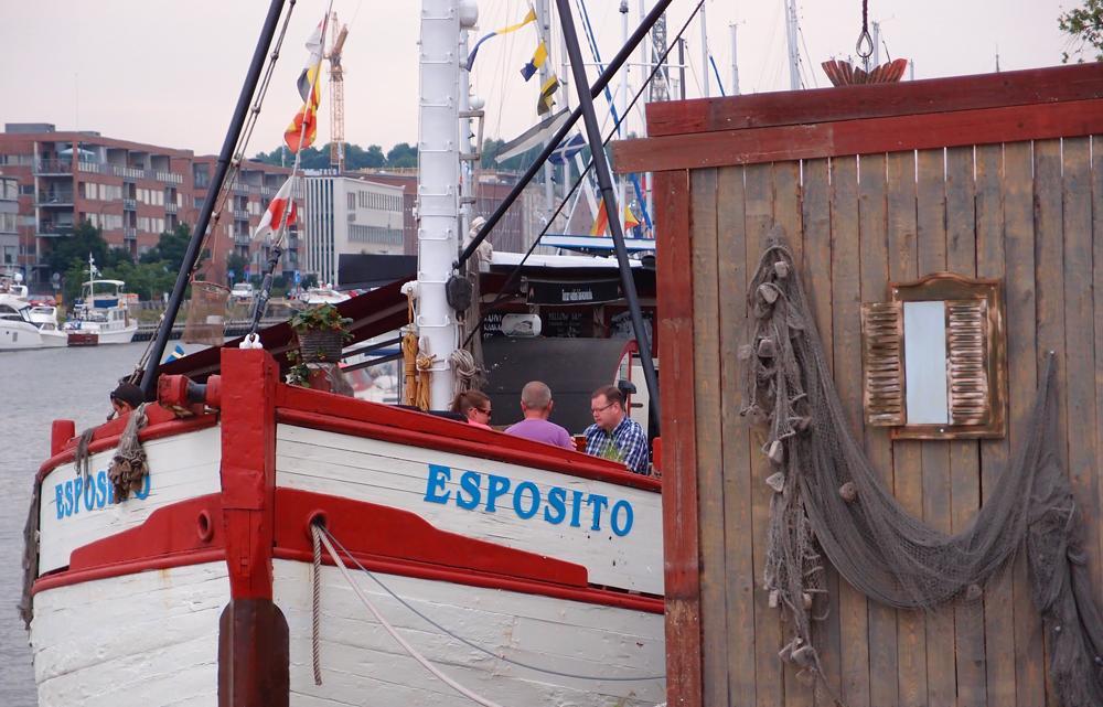 Esposito, Aurajoen rannalla