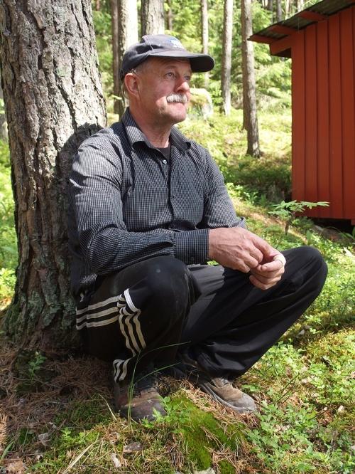 Osaava kirvesmies Manu Andersson
