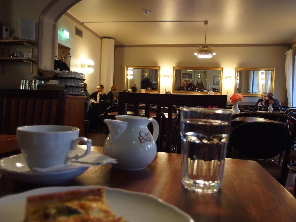 Cafe Engel 01