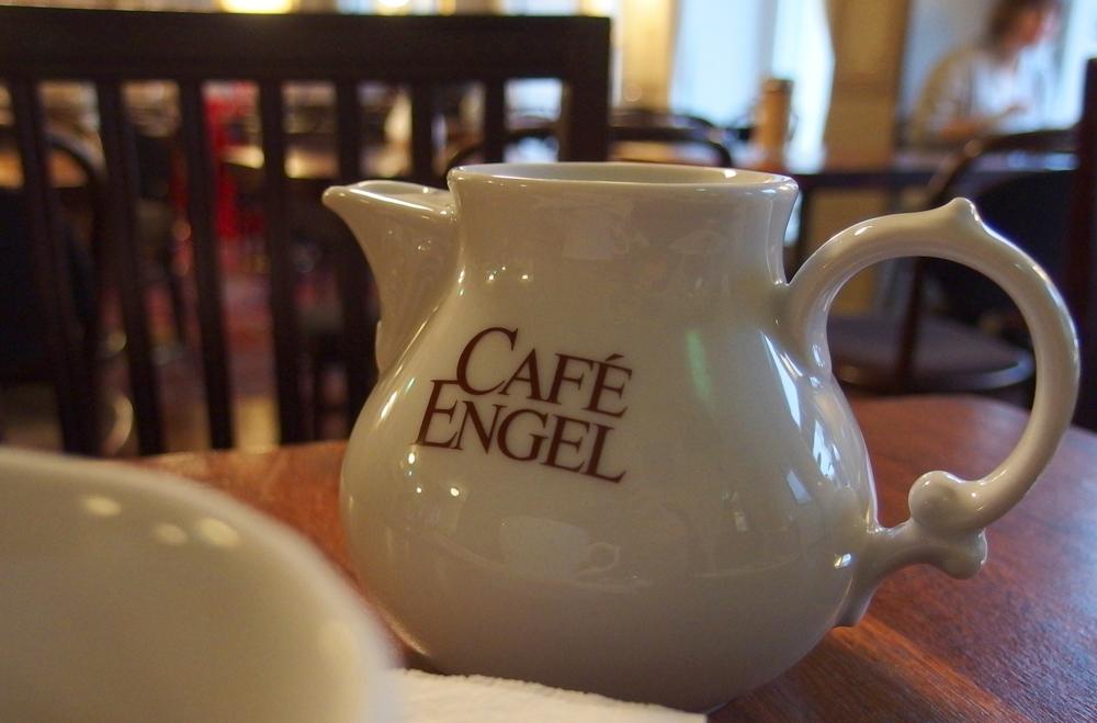 Cafe Engel 02
