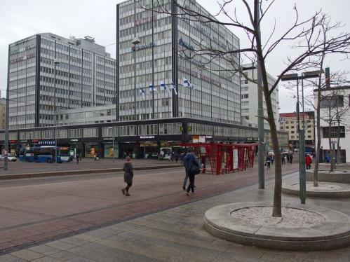 Kampin Autotalo. Taaimmaisessa tornissa aiemmin Pohja-Yhtymän pääkonttori (opiskeluaikani kesätyöpaikka)
