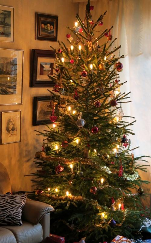 Perheemme joulukuusi mallia 2015