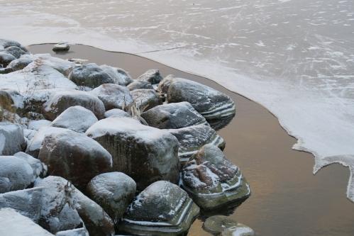 Järvi jäätyy vauhdilla