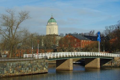 Ison Mustasaaren ja Susisaaren välinen silta