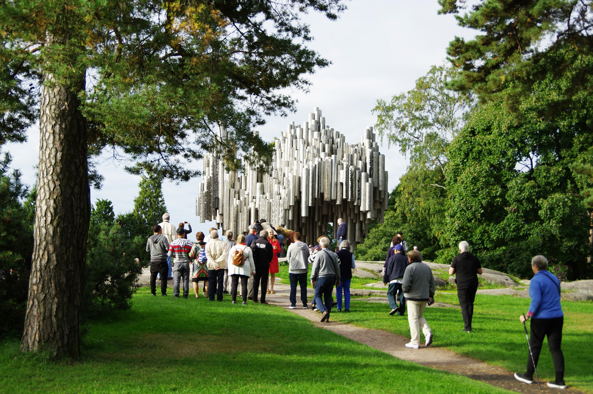 Eila Hiltusen Sibelius-monumentilla riittää kävijöitä