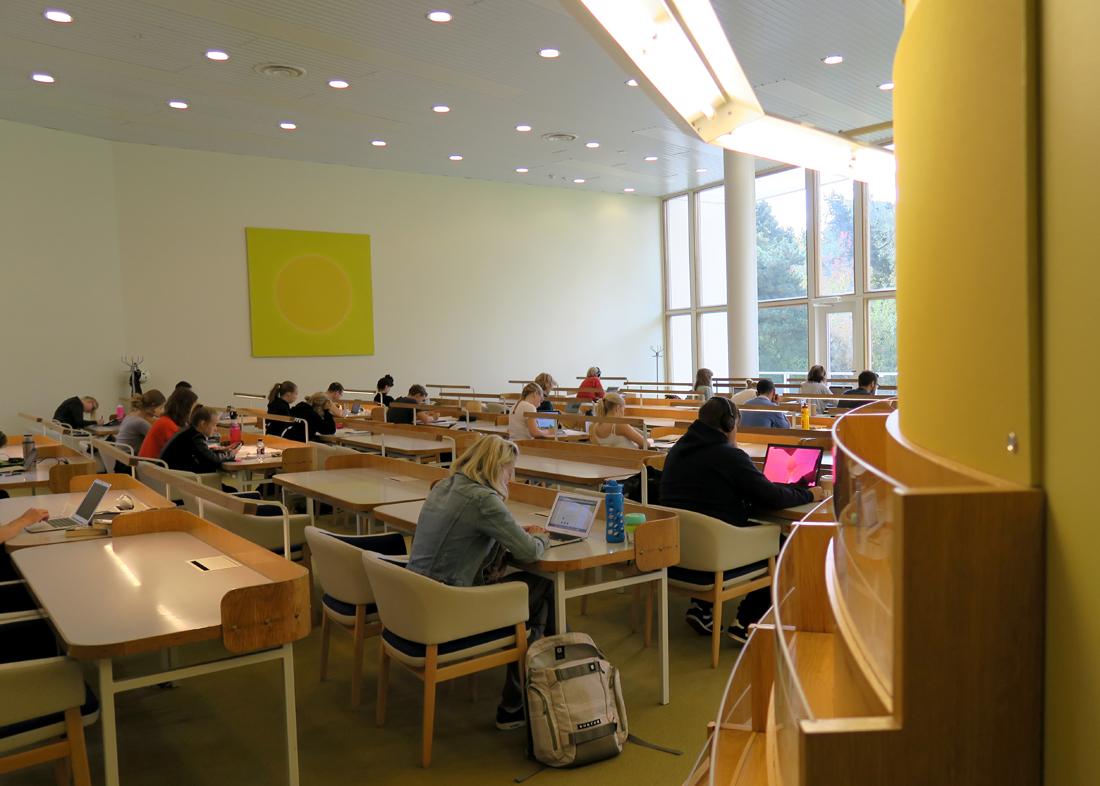 Töölön kirjasto 04